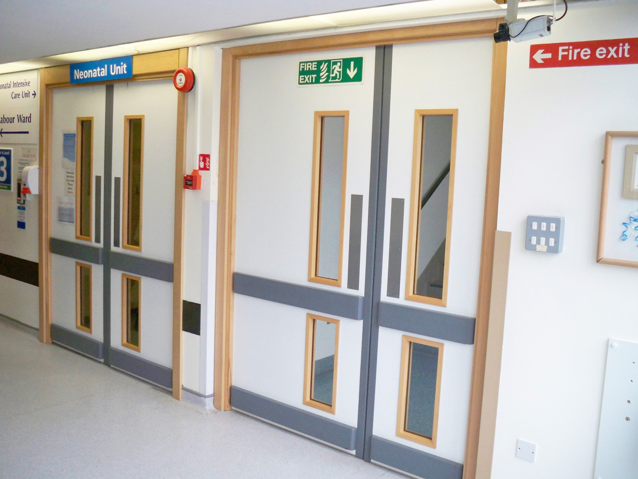Hospital Fire Doors : Fire door specification and installation for healthcare